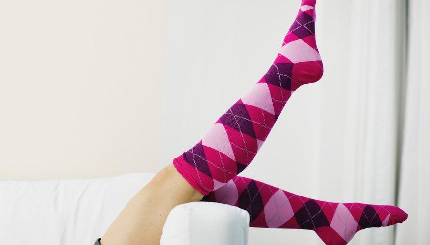 → Cómo hacer calcetines de tela | Geniolandia