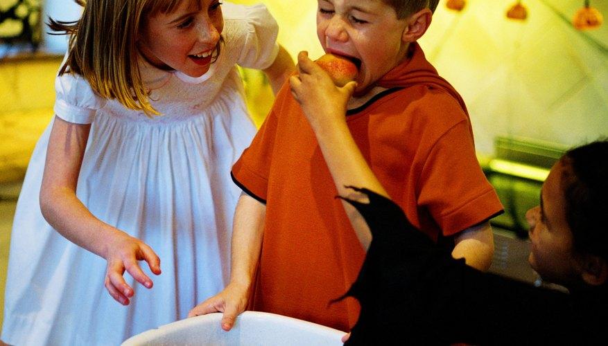 Mantén a los niños en edad preescolar ocupados con actividades llenas de diversión.