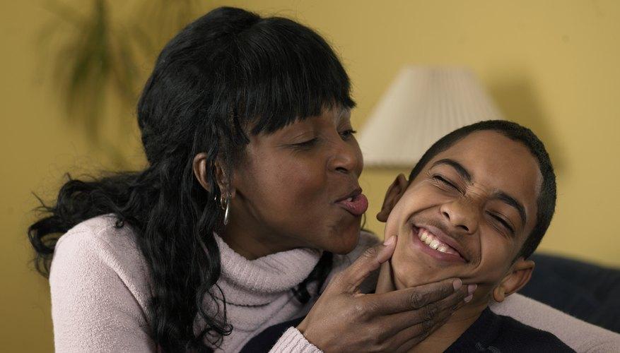Los padres eficaces son amorosos con sus hijos.
