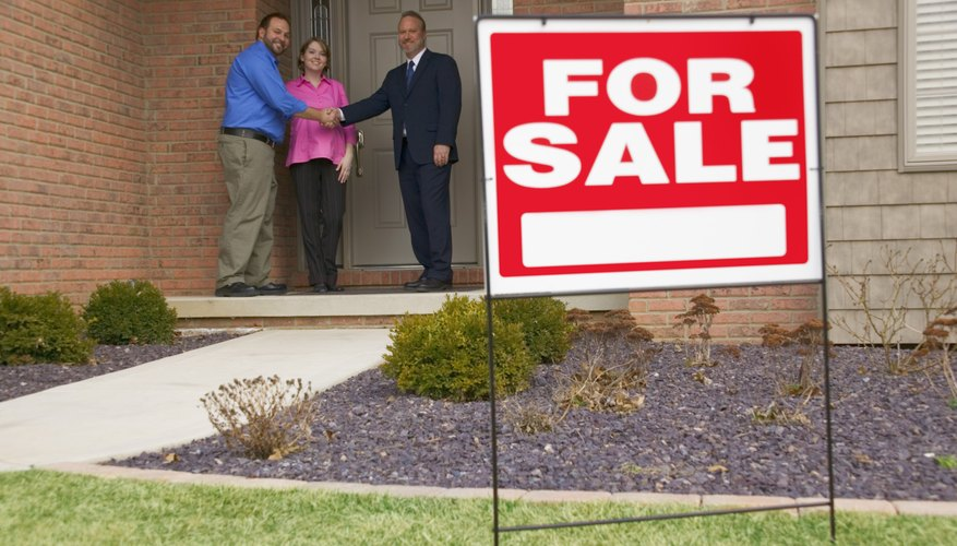 Lenders -- not homeowners -- sell short sale properties.