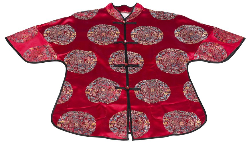 Each of ancient China's dynasties had a symbolic color for court clothing.