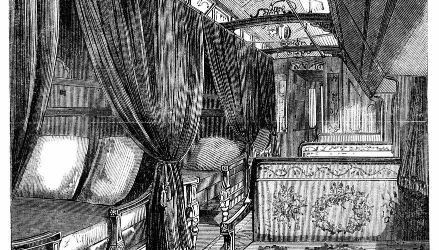Pullman sleeping cars became increasingly lavish.