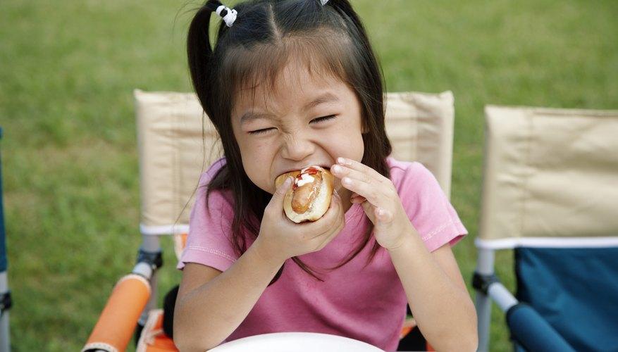 La comida es la causa más común de ahogo no fatal en niños.