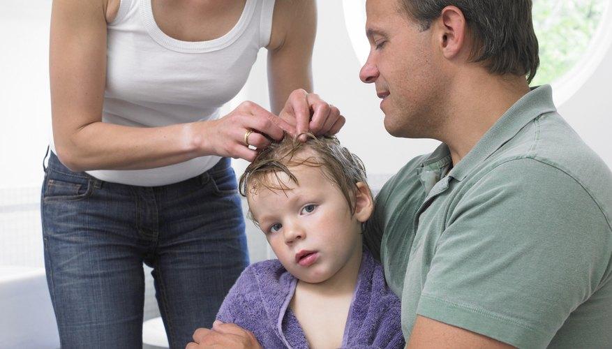A veces, el miristato de isopropilo se utiliza para tratar los piojos de la cabeza.