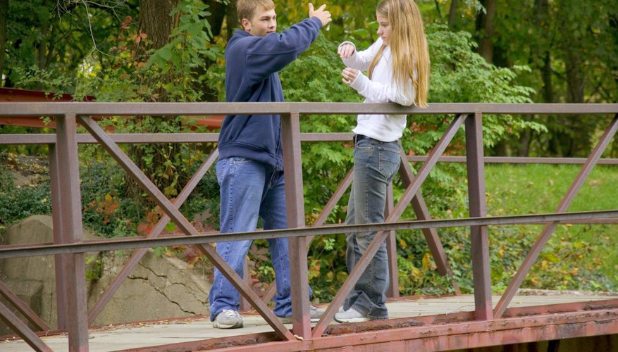 Lack of parental involvement in school activities may contribute to violence in teen dating.