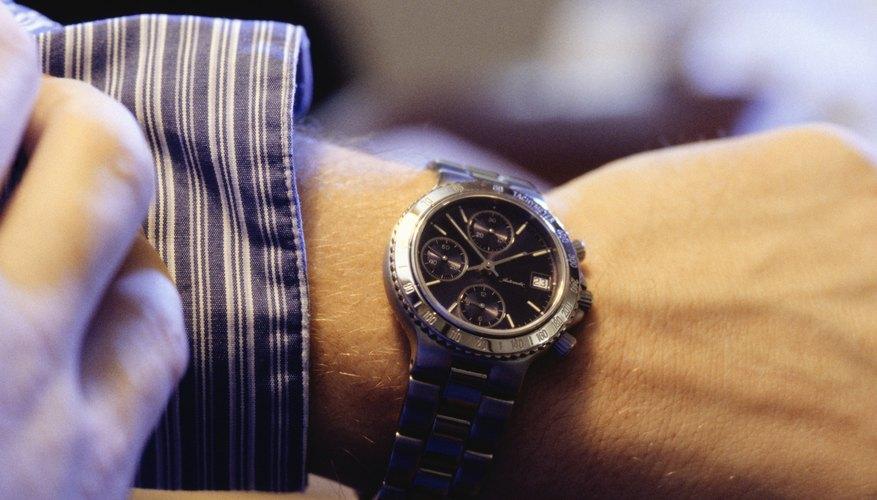 Las diferentes partes de un reloj.