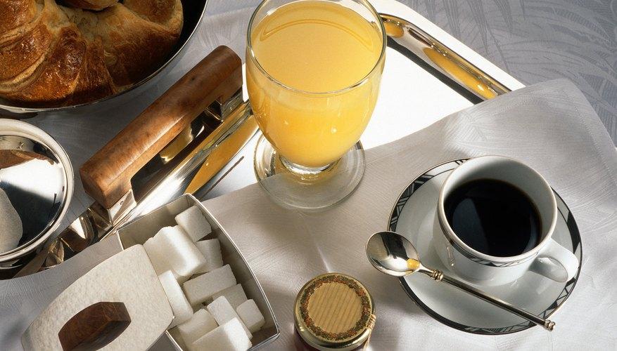 Café y jugo de naranja