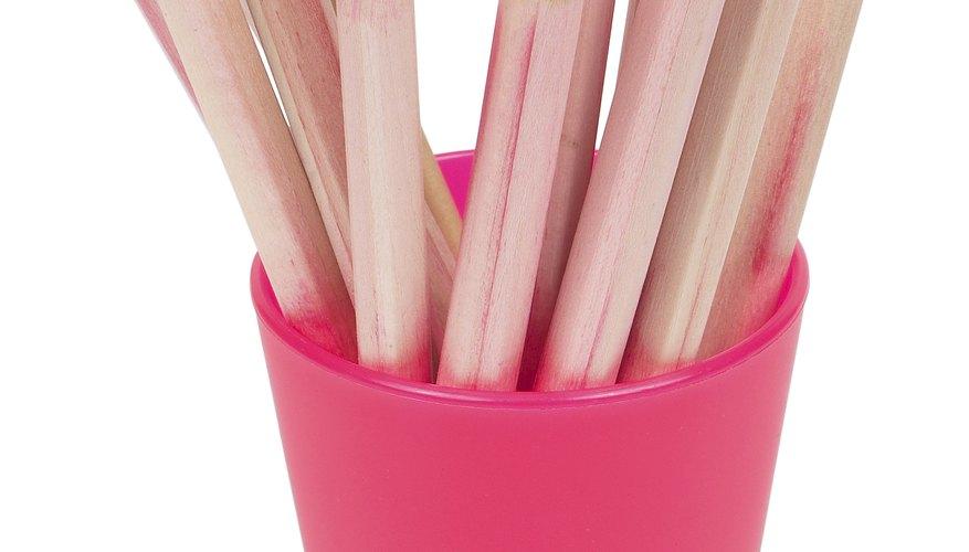 Los lápices acuarelables actúan como pigmento húmedo y seco.