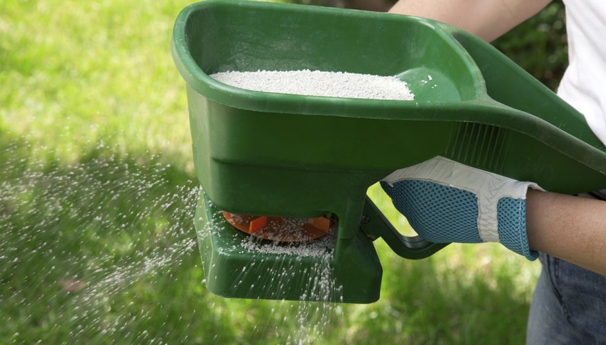 There are also chemicals that can be used to edge your lawn.
