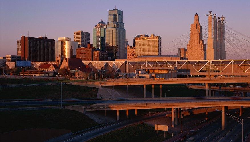 El centro de la ciudad de Kansas está en Missouri.
