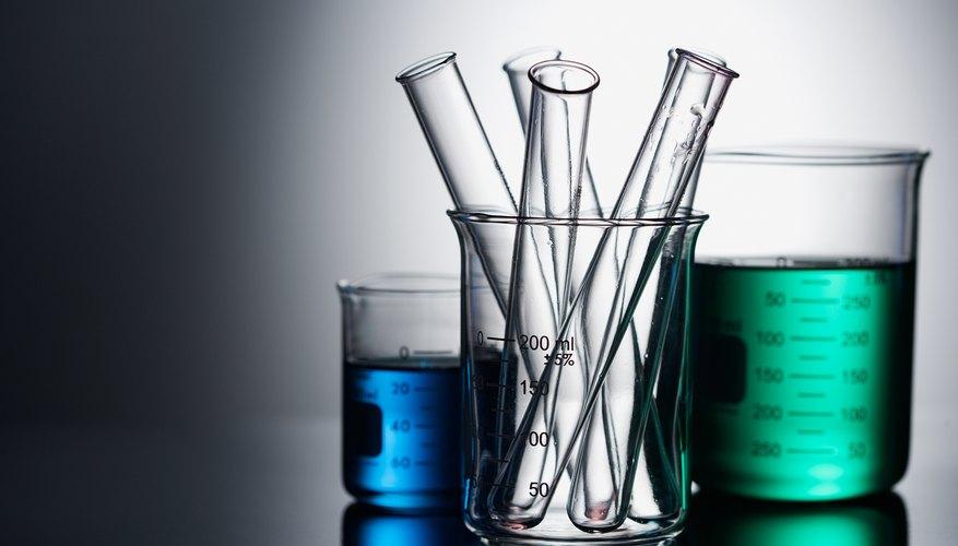 Prepara una solución de cloruro de calcio.