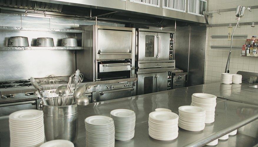 El orden y la limpieza son fundamentales en la cocina de un restaurante.