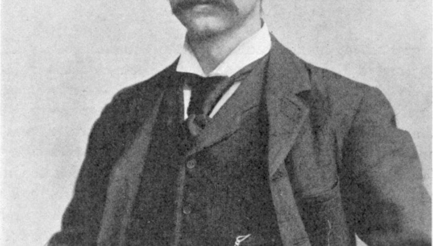 J.M. Barrie fue el autor de la novela Peter Pan, uno de cuyos personajes es el Capital Garfio.