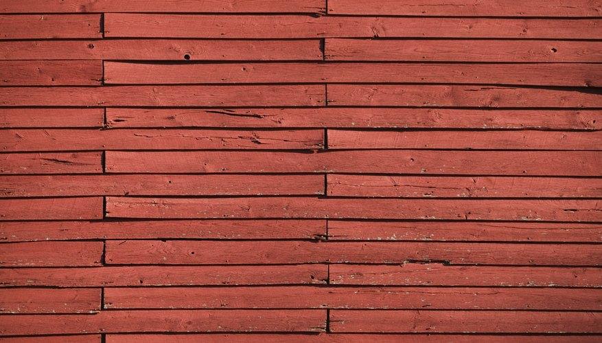 Para el Kokoriko, perfora los agujeros en cada uno de los bloques de la madera.