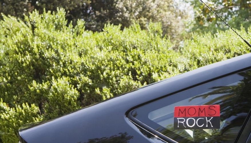 Elimina residuos pegajosos de tu auto.