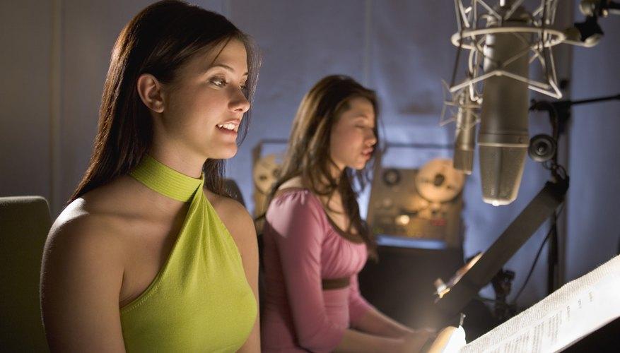 Si grabas la canción tú mismo, puedes aumentar y bajar el volumen de los instrumentos y la voz.