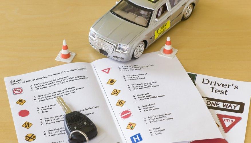Intentar obtener una licencia de conducir en otro estado mientras la tuya tiene una suspensión pendiente en tu estado, es una estrategia que difícilmente tendrá éxito.