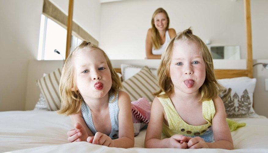 Este experimento enseña a los niños la importancia de la saliva y las lenguas durante la digestión.