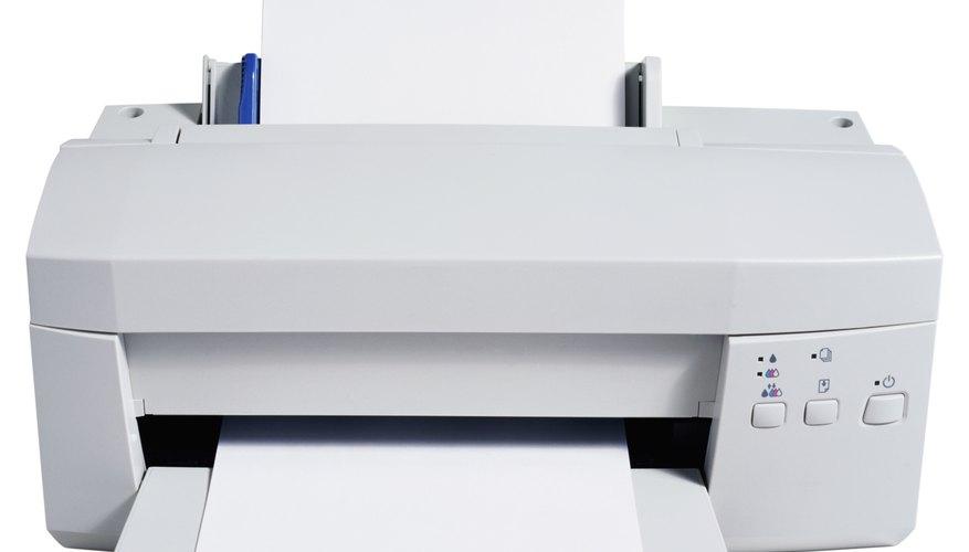Determina el estilo de rotulación y el tamaño de las letras en la computadora y luego imprímelas.