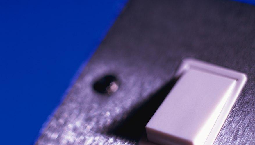 Los circuitos eléctricos tienen que estar completos para que funcionen.