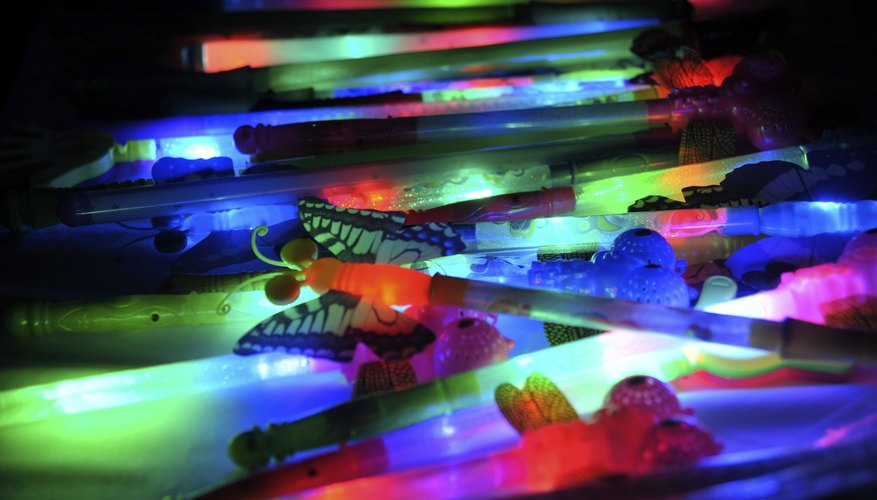 Make your own glow sticks or chemical lights at home.