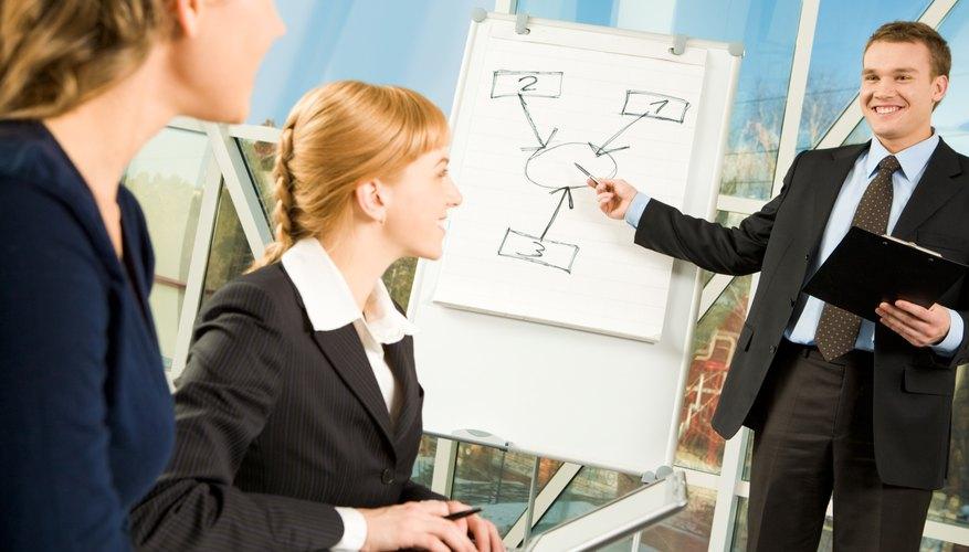 Si posees experiencia substancial en el campo de recursos humanos, tal vez quieras considerar comenzar tu propia pequeña compañía de consultoría.