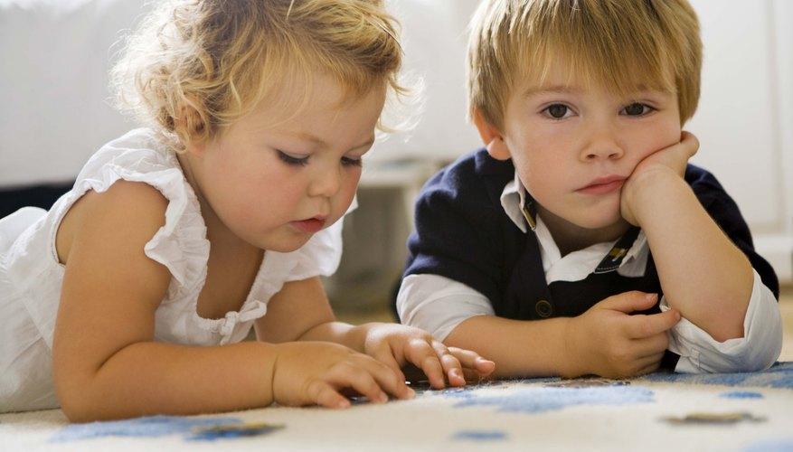 Los niños pequeños a menudo no saben cómo expresar sus sentimientos intensos.