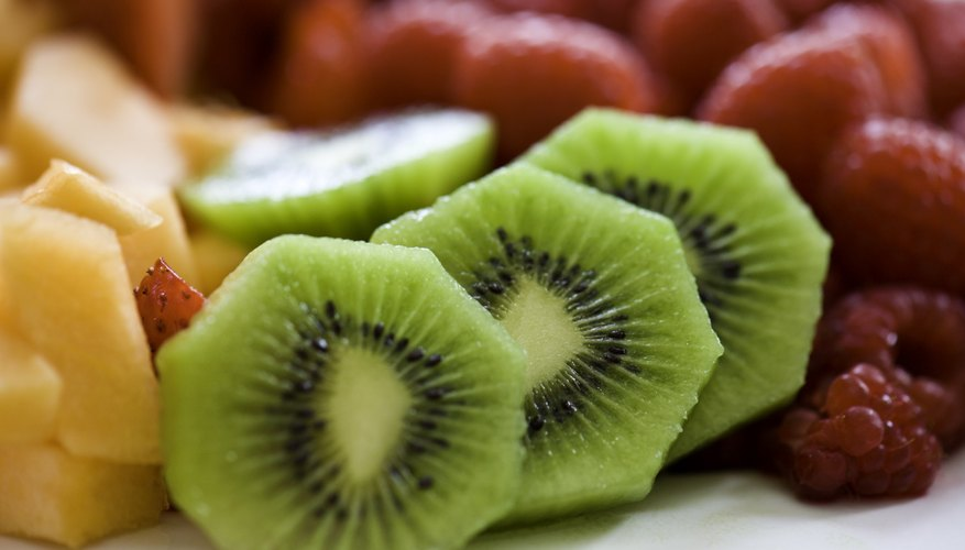 A plate with cut fruit.