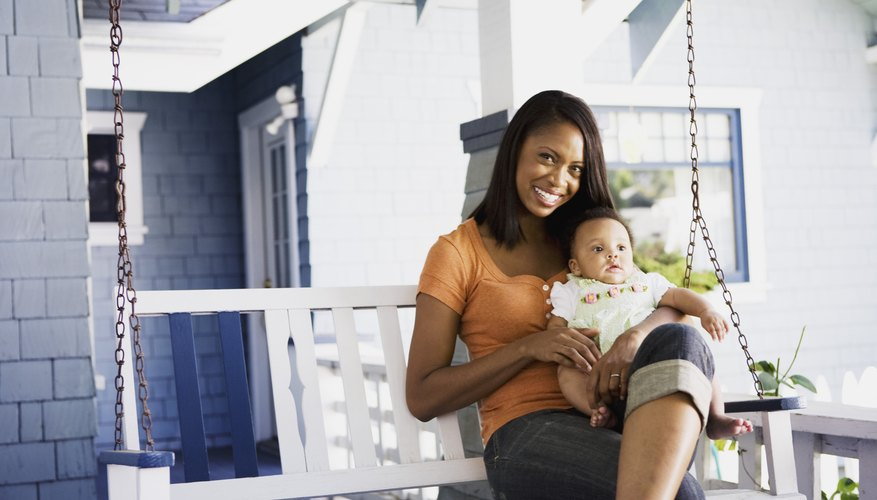 The decision to leave your job after having a child is difficult for some and easy for others.