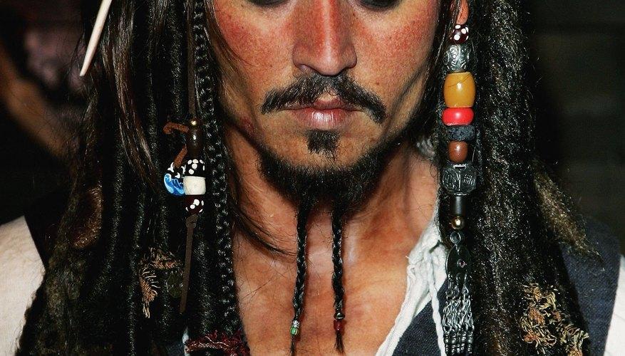 Haz tu propio pañuelo de Jack Sparrow para un disfraz.