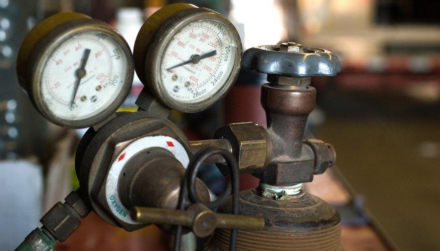Air compressor with pressure gauge