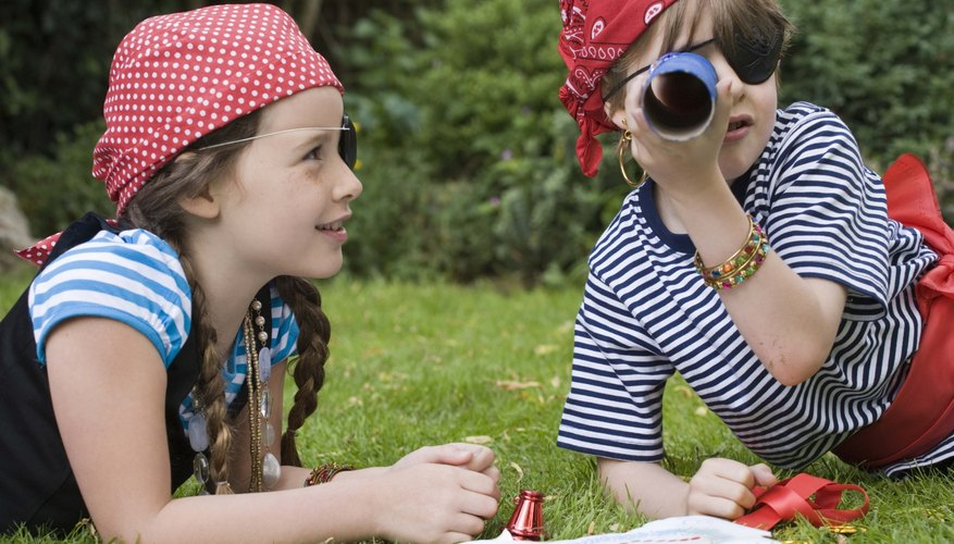 Telescope crafts fuel children's imaginative play.