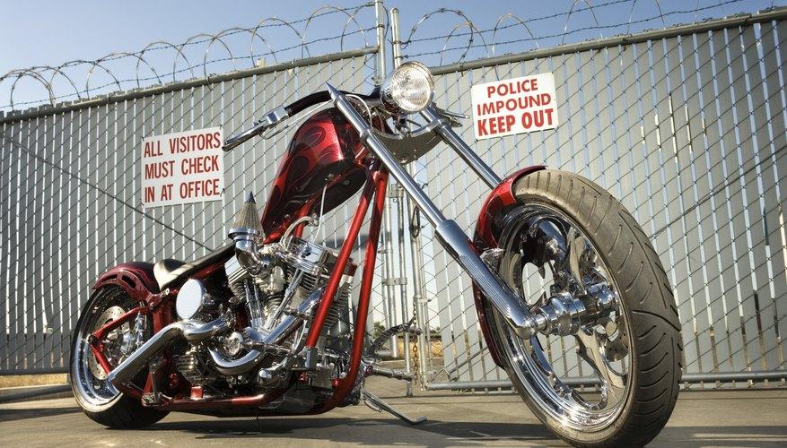 Aprende cómo sacar el agua del motor de tu motocicleta.