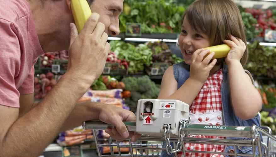 La mayoría de los niños en edad preescolar está familiarizada con las compras en un supermercado de verdad.