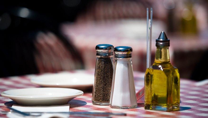 Abrir un restaurante de comida sana implica una aventura desafiante y potencialmente gratificante.