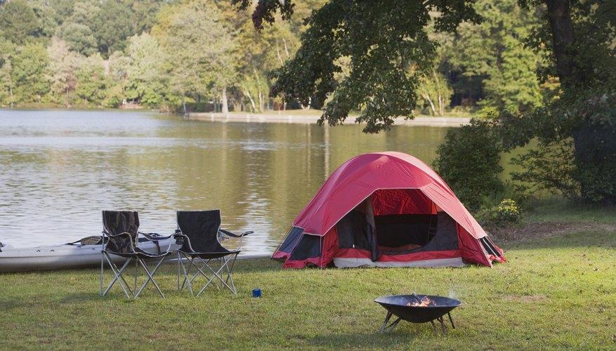 El almacenamiento de los alimentos es importante cuando estás acampando.
