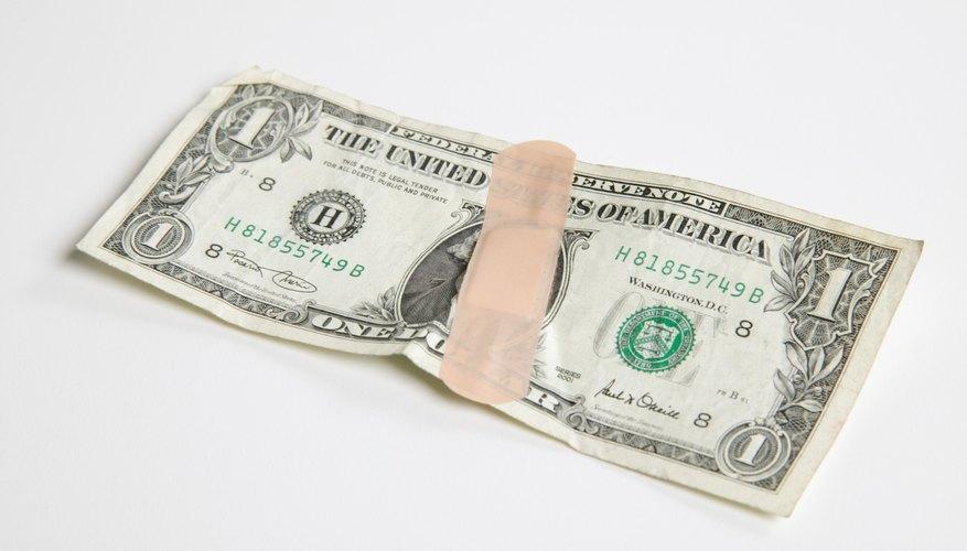 Nunca debes utilizar un vendaje para reparar un billete de dólar roto.