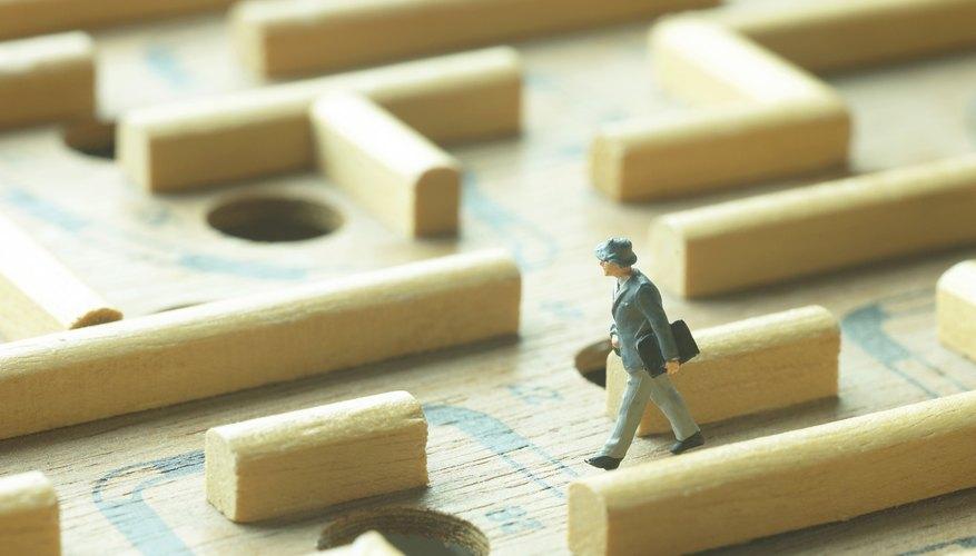 Las políticas y procedimientos en un negocio deben impulsar el crecimiento de los empleados y el desarrollo operacional.