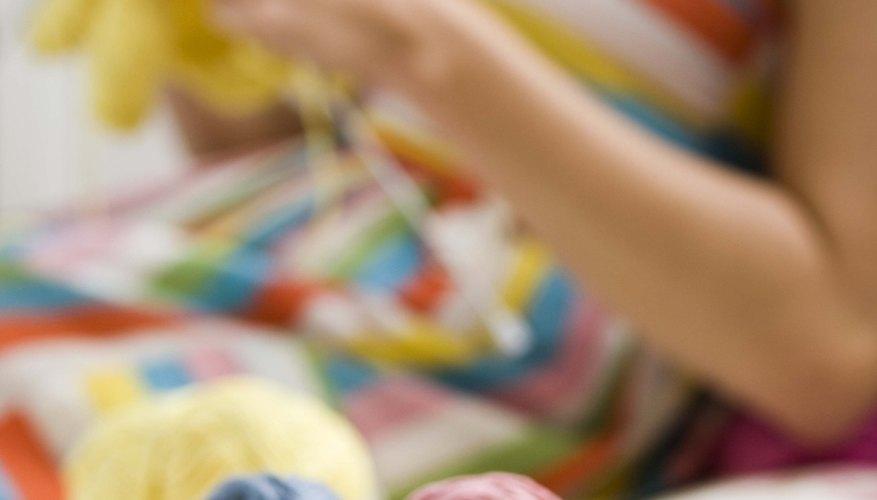 El tejer es una habilidad agradable y práctica.