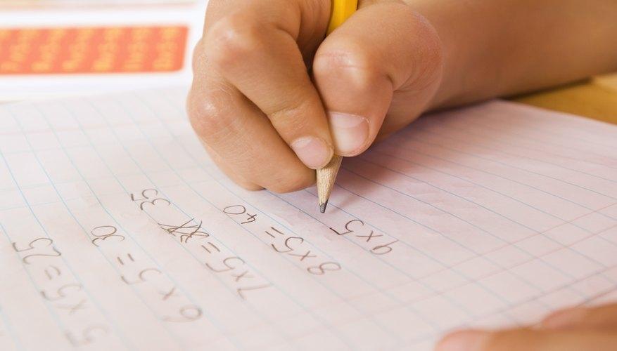Cómo calcular una matriz de varianza-covarianza.
