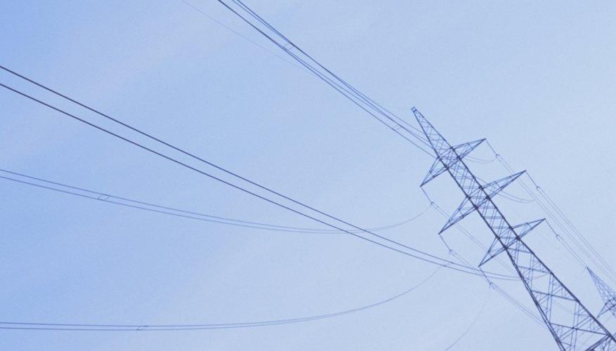Un amperímetro mide la corriente eléctrica en un circuito.