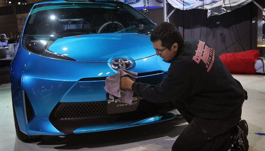 Toyota's Quarterly Profits Drop Almost 40 Percent