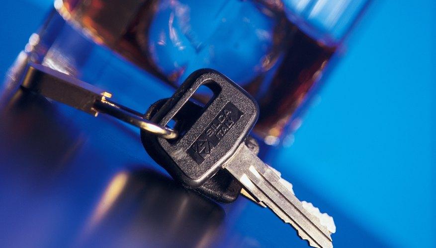 Olvidar las llaves dentro de tu auto es algo que te puede ocurrir cuando menos una vez en tu vida.