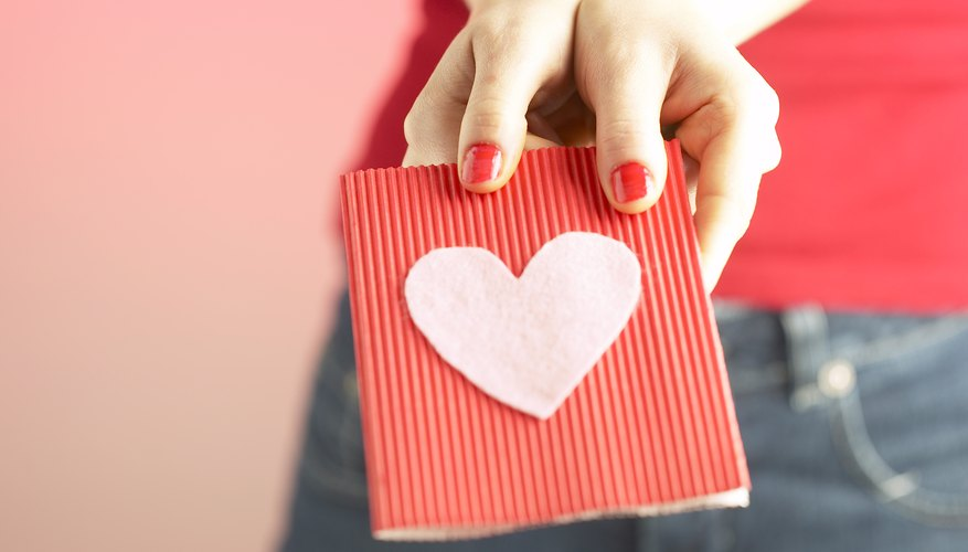 Gifts To Give Someone You Just Started Dating