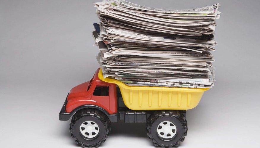 La mayoría de los papeles están hechos de pasta de químicos de madera.