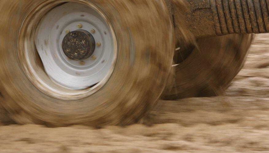 Los neumáticos grandes y un chasis bajo hace camiones felices.