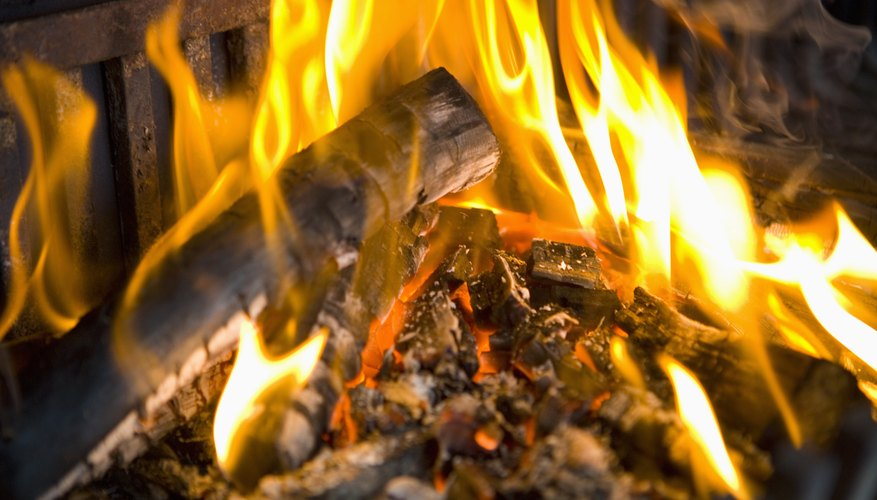 Wood has a low heat transfer coefficient, which means it can retain heat for many hours.