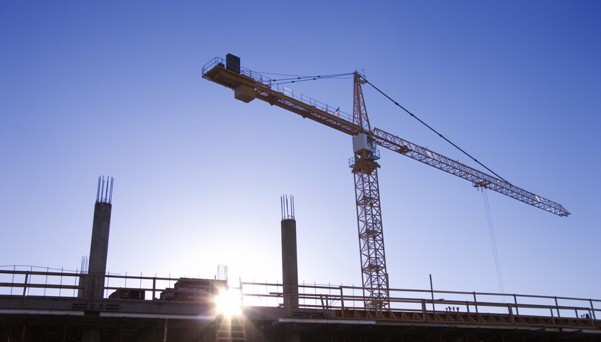 El Departamento de Desarrollo de Empleo de California estima que la industria de la construcción en el estado crecerá un 9 por ciento desde 2008 hasta 2018.