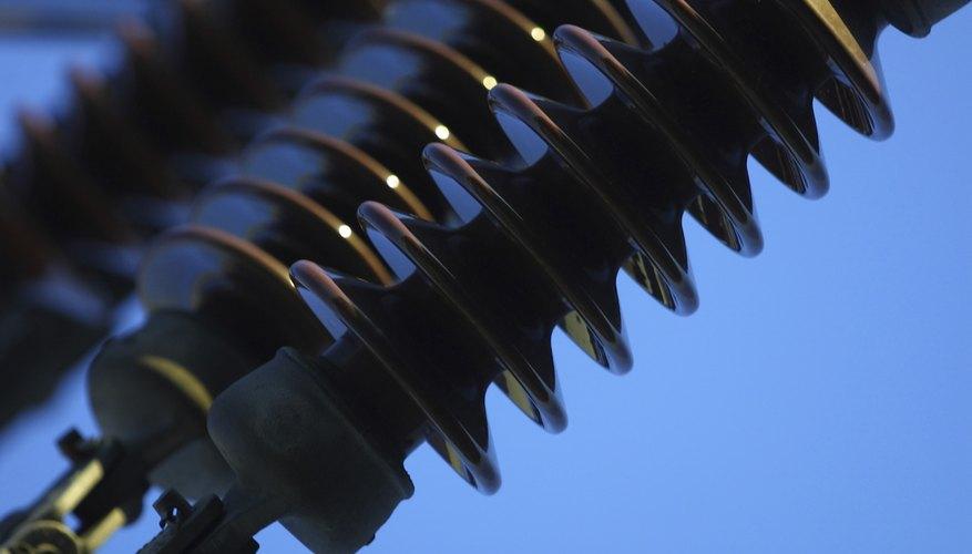 Los inversores son dispositivos diseñados para alterar la corriente eléctrica.
