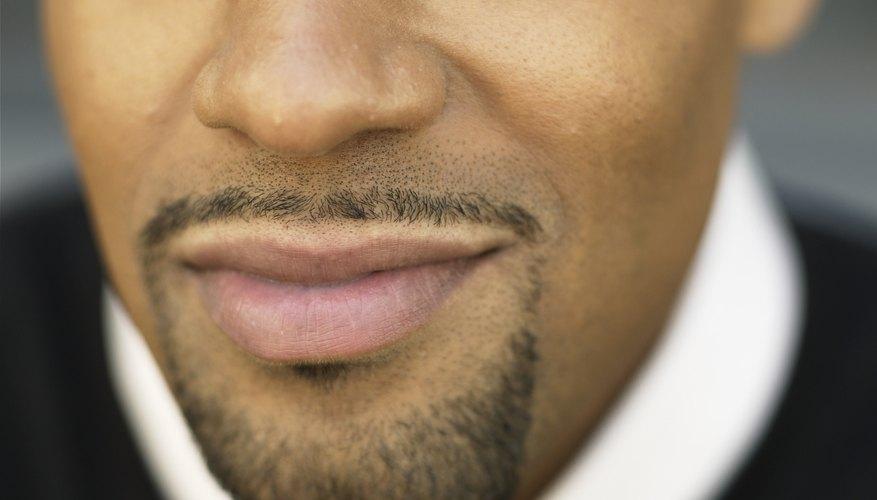 Este estilo combina una barba y un bigote.